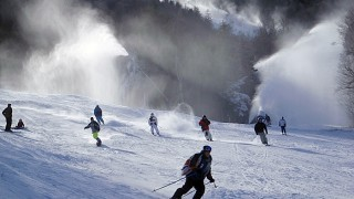 Skiers joining forces from Sunday Punch & Right Stuff; note all the snowmaking in the background! (David Shedd photo)