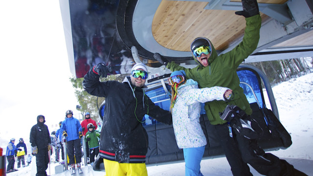 College week means friends chillin at Mount Snow. (Mount Snow photo)