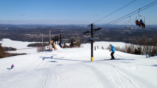 The views at Shawnee are part of the charm. Lots of good snow helped, too. (Tim Jones photo)