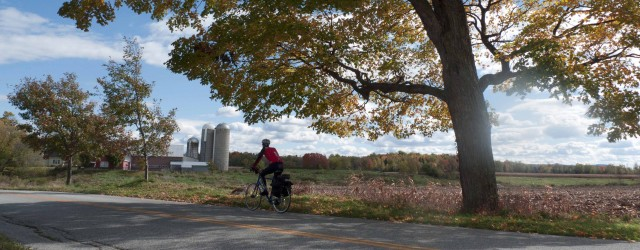 Over the course of five days, we pedal through the Eastern Townships, through the Montérégie region into Montréal, spend a couple of nights there to enjoy the city, and head back,