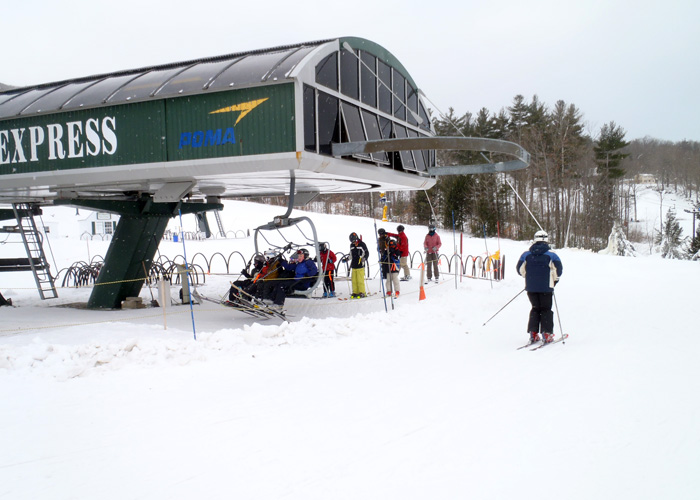 Liftline? What liftline? The holiday crowds had yet to materialize early on New Years Day at Ragged Mountain in Danbury, NH. (Tim Jones/EasternSlopes.com photo)