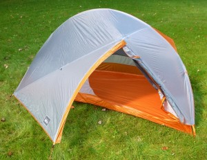 REI's new fly design gives easy entry through the door, and a large, functional vestibule. (EasternSlopes.com)