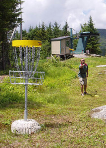 Disc Golf and ski hills go together. Many courses let you take a lift to the top and play down. (EasternSlopes.com)