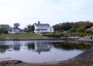 The Craignair Inn from Clarks Island. The island is private, but inn guests are allowed to walk there. When it's warmer, there's even a swimming hole in an old quarry. (EasternSlopes.com)